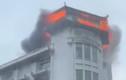Nhiều người tháo chạy khi khách sạn Đồng Khánh phát hỏa