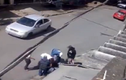 Clip: Cầm gậy dẹp hai phụ nữ ẩu đả trên phố
