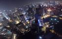 Thót tim màn nhảy dù từ tòa tháp đôi cao nhất thế giới