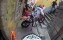 Clip: Đua xe môtô địa hình cực gay cấn trong thành phố