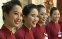 Clip bóc mẽ nhân viên sân bay cười giả tạo