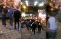 Thanh niên trộm giày bị bắt quả tang, khoc lóc xin tha