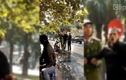Thanh niên ngáo đá, đứng giữa đường kêu cứu