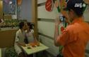 Quán ăn Sài Gòn chỉ cần hôn, không cần trả tiền