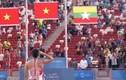 Màn chào cờ ấn tượng của VĐV nhảy cao Việt Nam