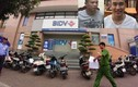 Nổ súng cướp ngân hàng BIDV: Rải 52 tờ tiền xuống đường để tẩu thoát
