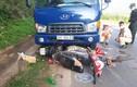 2 xe máy va chạm với xe tải khiến 1 người chết tại chỗ