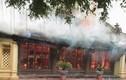 Hình ảnh hiện trường hỏa hoạn thiêu rụi ngôi đình hàng trăm năm tuổi