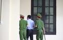 """Xét xử vụ đánh bạc nghìn tỷ: Tòa cách ly """"ông trùm"""" Nguyễn Văn Dương"""