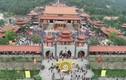Ảnh: Hàng vạn người đến khai hội chùa Ba Vàng