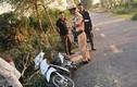 Hải Dương: Cưa cây đổ xuống đường khiến nữ sinh tử vong