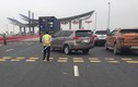 Cách ly toàn xã hội: Quảng Ninh cấm xe chở người, Hải Phòng xe con vẫn lưu thông