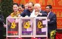 Ảnh: Các đại biểu bỏ phiếu bầu Ban Chấp hành Trung ương khóa XIII