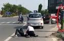 Cảnh cáo công an đứng gọi điện thoại, kệ dân vật lộn với cướp: Có thuyết phục?