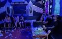 """Karaoke """"chui"""" bất tuân lệnh cấm: Bi hài những cái kết có…1-0-2"""
