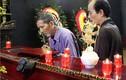 Xúc động hình ảnh nghệ sĩ già đến chia tay  NSND Trịnh Thịnh