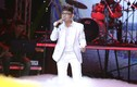 Long Nhật gây tranh cãi khi hát ủy mị tại BHYT