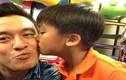 Khoảnh khắc hạnh phúc của cha con Lam Trường - Kiến Văn
