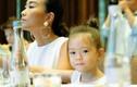 Con gái Đoan Trang được chú ý khi đi sự kiện cùng mẹ