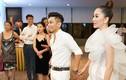 Khánh Thi bụng bầu lùm lùm đi dự tiệc cùng gia đình Phan Hiển