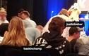 Justin Bieber dẫn tình mới Baskin Champion đến nhà thờ