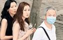 Á hậu 9X Hong Kong ngượng khi xuất hiện bên chồng U70