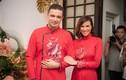 Phương Mai và chồng Tây khóa môi ngọt ngào trong lễ ăn hỏi
