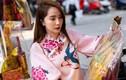 Diễn viên Quỳnh Nga đi chợ sắm lễ cúng ông Công ông Táo