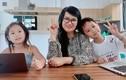 Mẹ vợ Lý Hải cực trẻ đẹp ở tuổi U60, chỉ hơn con rể đúng 10 tuổi