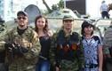 Ly khai và người dân ăn mừng kỷ niệm thành lập Lugansk
