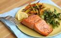 Ăn cá hồi thường xuyên đem lại những lợi ích sức khỏe bất ngờ