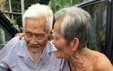 Phút chia tay đầy xúc động của 2 người bạn tri kỉ trăm tuổi