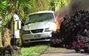 Video: Cận cảnh dung nham chảy tràn từ núi lửa nguy hiểm nhất Hawaii