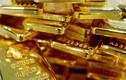 Giá vàng hôm nay 25/12: Ồ ạt mua vào, vàng lên đỉnh