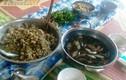 Rợn người món gỏi cá nhảy kinh dị của đồng bào Thái ở Sơn La