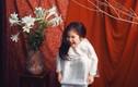 Bé 5 tuổi tạo dáng kiểu 'Thiếu nữ bên hoa huệ' siêu cấp đáng yêu