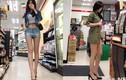 Người đẹp Trung Quốc gây bức xúc vì diện đồ cực ngắn khoe chân dài
