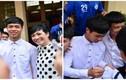 Fan chen lấn xin chữ ký Công Phượng trong ngày nhập học