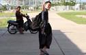 """PV Trung Quốc đi xe ôm """"do thám"""" buổi tập của U19 VN"""