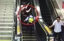 Video: Nữ cảnh sát phản ứng nhanh như cắt, cứu mạng cụ bà ngã thang cuốn