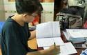 Căng mình chuẩn bị kỳ thi tốt nghiệp THPT giữa dịch COVID-19
