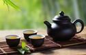 """Thưởng trà kiểu """"thần tiên"""": Phong nhã hay cực độc hại?"""