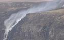 Video: Những thác nước kỳ dị có khả năng chảy ngược lên trời