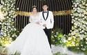 Diễn viên Anh Tài hôn vợ Vũ Ngọc Ánh ngọt ngào ở tiệc cưới