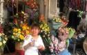 Video: Hà Nội nhộn nhịp phố hoa 8/3
