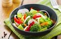 """Cách ăn rau tưởng là lành mạnh, bổ dưỡng nhưng """"phá hoại"""" cơ thể bạn"""