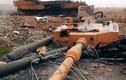 """Kinh dị cảnh xe tăng Leopard 2A4 bị """"xé nát"""" ở Syria"""