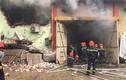 Cháy dữ dội ở kho hàng cảng Bạch Đằng, Hà Nội