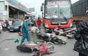 Hiện trường hãi hùng xe điên tông hàng loạt xe máy ở TPHCM