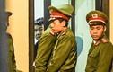 Tại sao ông Đinh La Thăng bị cách ly khỏi phòng xử án?